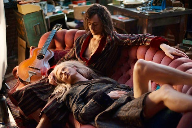 Only_Lovers_Left_Alive_3