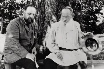 Tolstoy with his secretary at Yasnaya Polyana, 1906