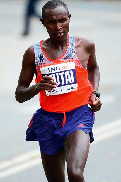 Geoffrey Mutai leads the New York City marathon in November 2013