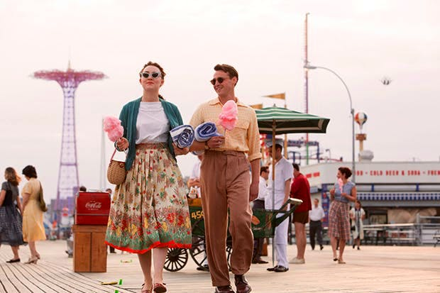 Saoirse Ronan as Eilis and Emory Cohen as Tony in 'Brooklyn'