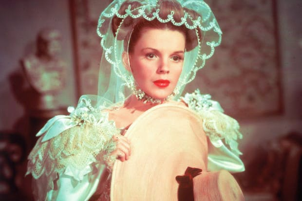 Judy Garland as Esther Smith in Meet Me in St Louis (1944)