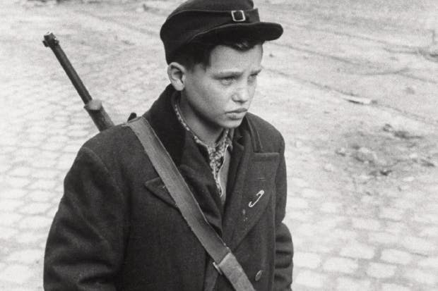 A child freedom fighter in Budapest, 1956