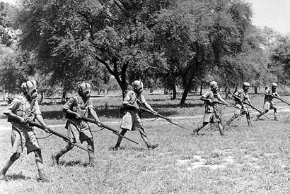 Preparing for modern warfare: Indian infantrymen c. 1940