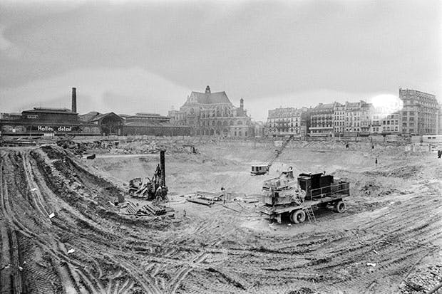 An act of doctrinaire official vandalism: the 'hole' during works in Les Halles district, 1975