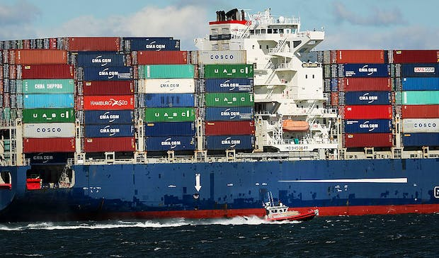 Global Economic Downtown Impacts Shipping Industry