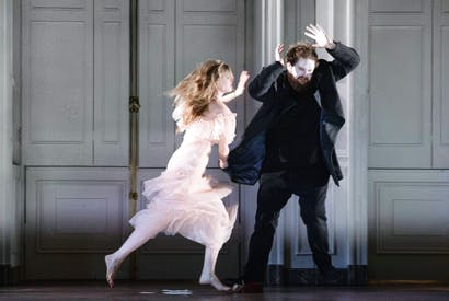 It's a mad, mad, mad, mad world: Barbara Hannigan (Ophelia) and Allan Clayton (Hamlet) in Hamlet at Glyndebourne