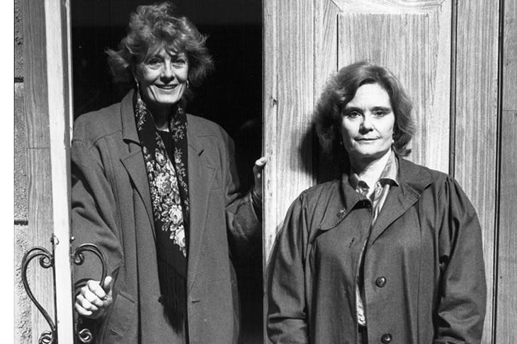 The formidable Thelma Holt (right) with Vanessa Redgrave in 1987