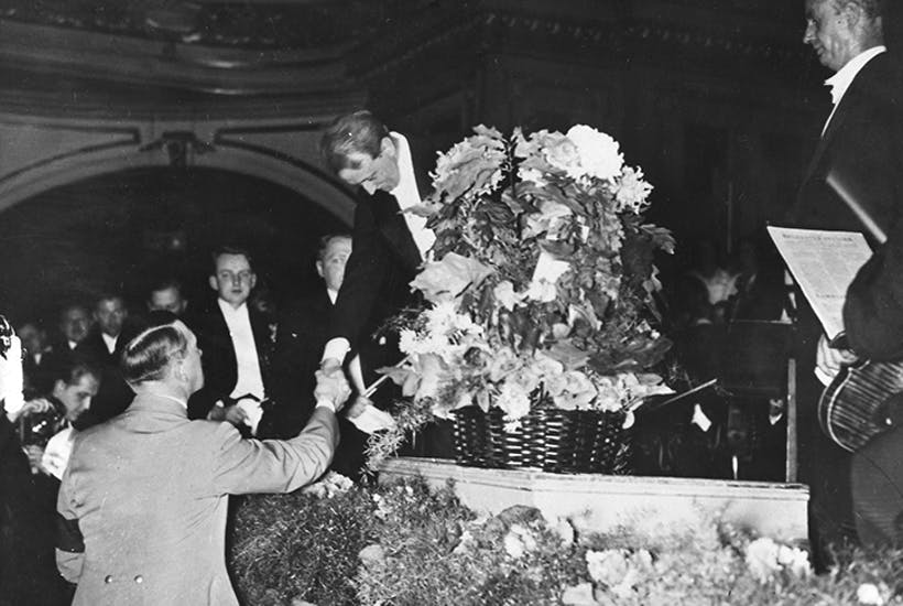 Wilhelm Furtwängler shaking hands with Hitler after a concert in 1939. Photo: Ullstein Bild/ Getty Images