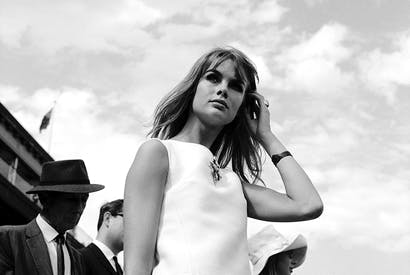The English model Jean Shrimpton's appearance at the Melbourne Races in 1965 hatless, gloveless and bare-legged in a mini-dress caused a press furore in Australia