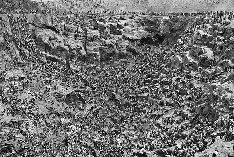 A modern-day El Dorado: the Serra Pelada gold mine, Brazil, 1986